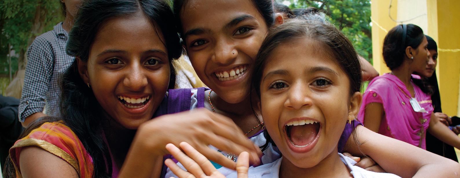 EMpower Girls Smiling Ocean_Barefoot